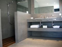 Muurtje in badkamer