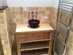 Badkamer Met Steigerhout : Badkamer met steigerhout badkamermeubel natuursteen ny van