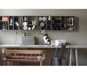 werkplek voor in de woonkamer. Foto geplaatst door anjaklein op Welke.nl