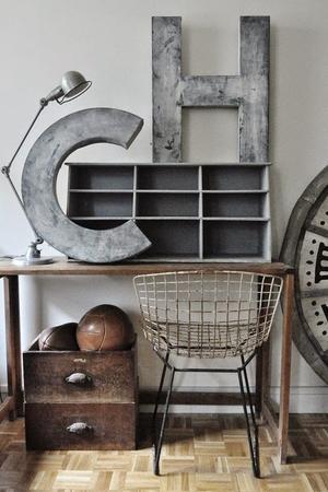 Industrieel industriële inrichting woonkamer - metalen letters ...