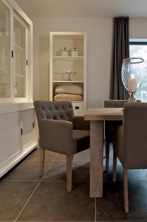 mooie stoelen eetkamer. Foto geplaatst door Marieke35 op Welke.nl