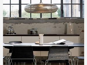 Bijzondere designer hanglamp de aeros. deze hele bijzondere