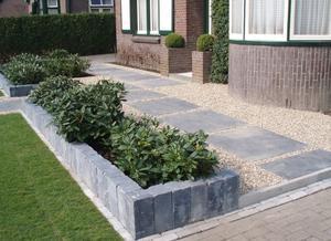 Tuin en stenen rand foto geplaatst door saalk op welke