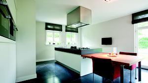 Expertgids Italiaanse Keukens : Varenna keukens. excellent appartement met een varenna twelve keuken