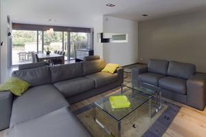Woonkamer + keuken in één ruimte. . Foto geplaatst door dandelie op ...