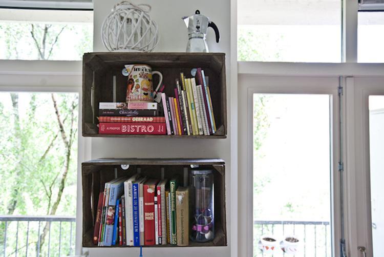 diy houten kistjes als boekenkast